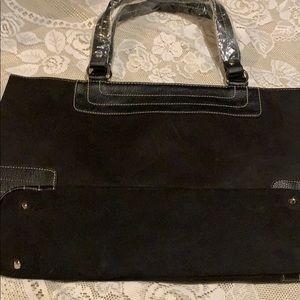 Black victory secret tote bag.